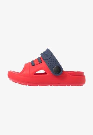 Sandały kąpielowe - red