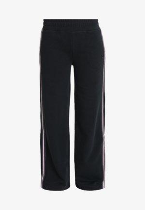 HALINA PANT - Tracksuit bottoms - black