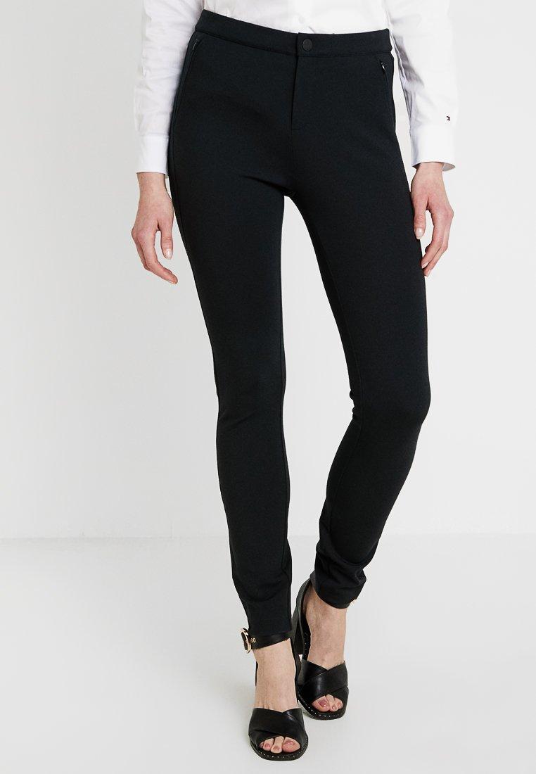 Tommy Hilfiger - HERITAGE FIT PANTS - Pantalon classique - masters black