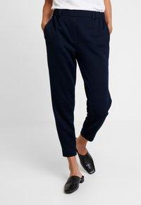 Tommy Hilfiger - ROSHA PULL ON CROPPED PANT - Teplákové kalhoty - blue - 0