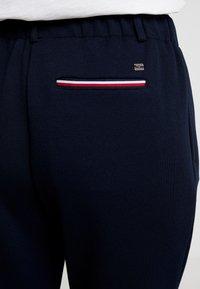 Tommy Hilfiger - ROSHA PULL ON CROPPED PANT - Teplákové kalhoty - blue - 6