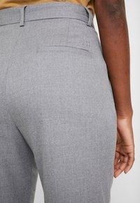 Tommy Hilfiger - ESSENTIAL PANT - Pantalon classique - grey - 6