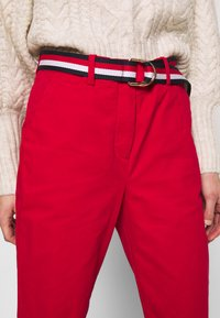 Tommy Hilfiger - SLIM FIT CHINO - Chinos - primary red - 5