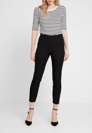 FLEUR ANKLE - Pantalon classique - black