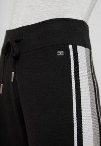 Tommy Hilfiger - CACIE PANT - Pantaloni sportivi - black - 4