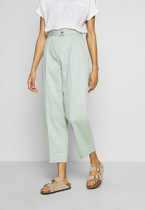 TAPERED PANT - Pantalon classique - sea mist mint