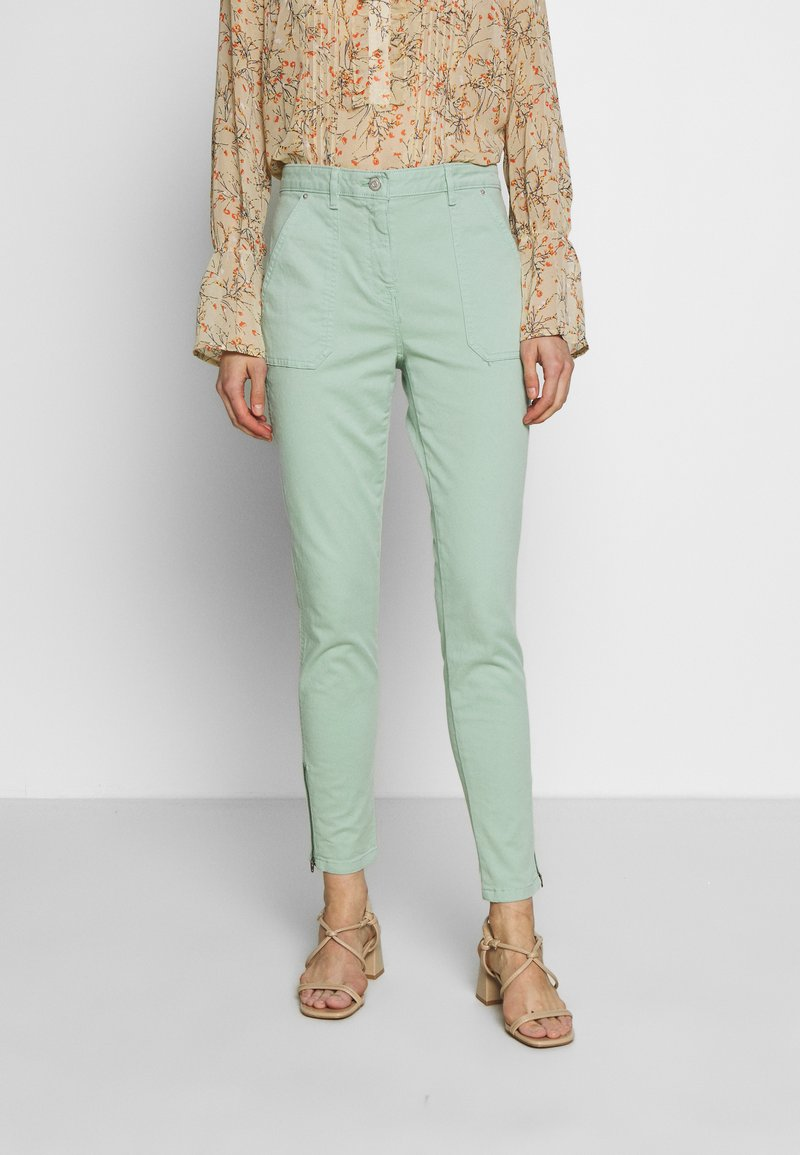 Tommy Hilfiger - COTTON STRETCH CARGO SKINNY PANT - Chinos - sea mist mint