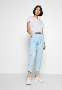 Tommy Hilfiger - SLIM PANT - Spodnie materiałowe - sail blue - 1