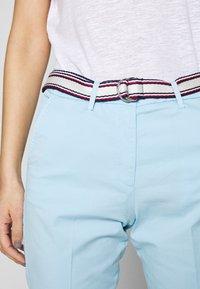 Tommy Hilfiger - SLIM PANT - Spodnie materiałowe - sail blue - 3