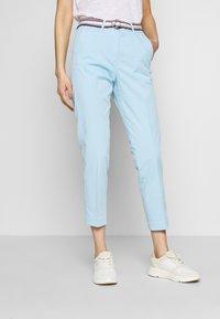 Tommy Hilfiger - SLIM PANT - Spodnie materiałowe - sail blue - 0