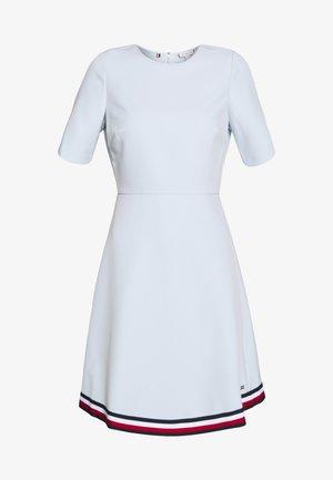 ANGELA DRESS  - Robe en jersey - breezy blue