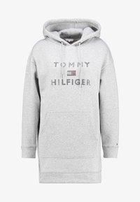 Tommy Hilfiger - TIARA HOODED DRESS - Denní šaty - light grey heather - 5