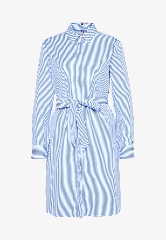 ESSENTIAL DRESS - Blousejurk - copenhagen blue