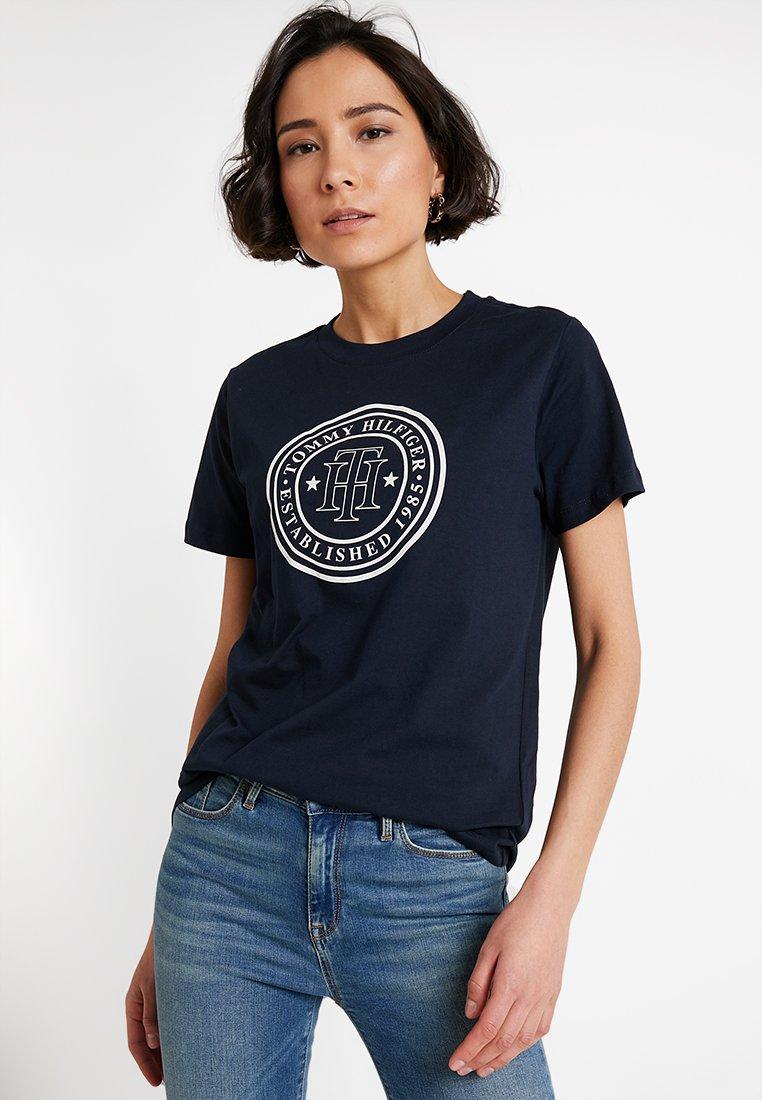 Tommy Hilfiger - VIOLA TEE  - Camiseta estampada - blue