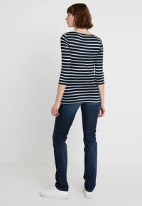 Tommy Hilfiger - HERITAGE BOAT NECK TEE 3/4 - T-shirt à manches longues - midnight/classic white - 2