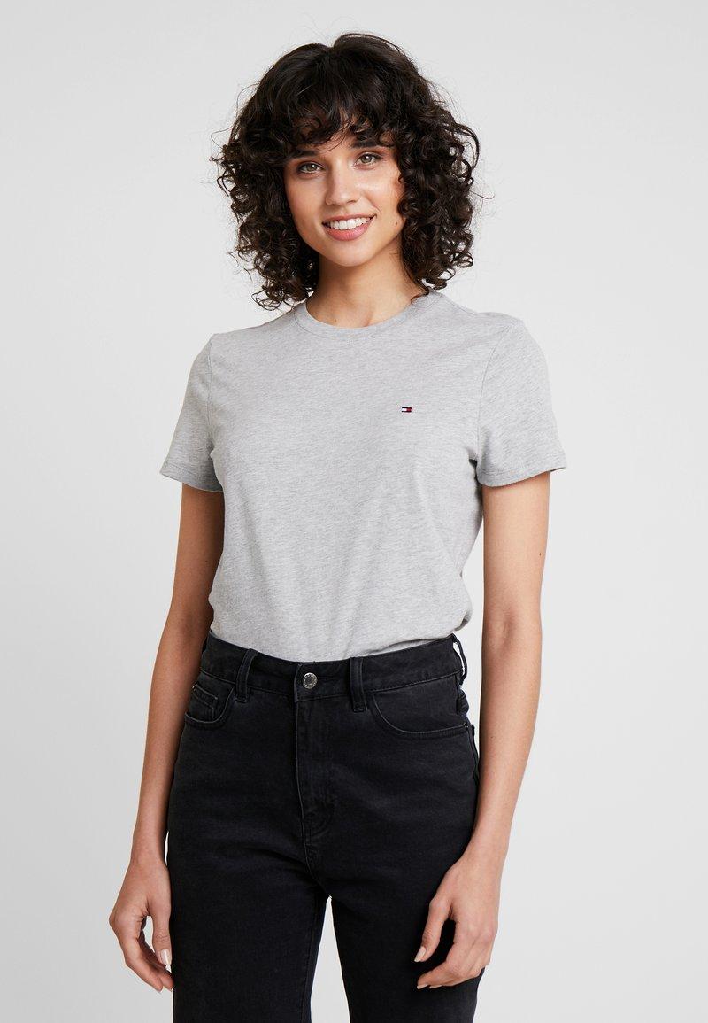 Tommy Hilfiger - NEW LUCY - T-shirt z nadrukiem - grey