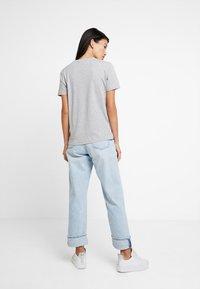 Tommy Hilfiger - CATHY TEE - T-shirt imprimé - grey - 2