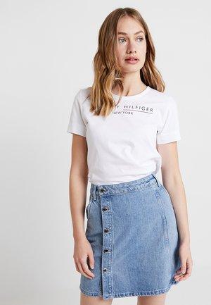 CHRISTA TEE - T-shirt med print - white