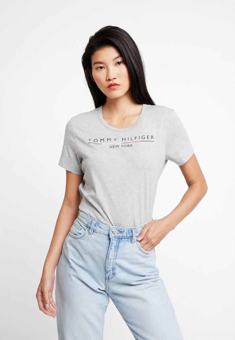 Tommy Hilfiger - CHRISTA TEE - T-Shirt print - grey