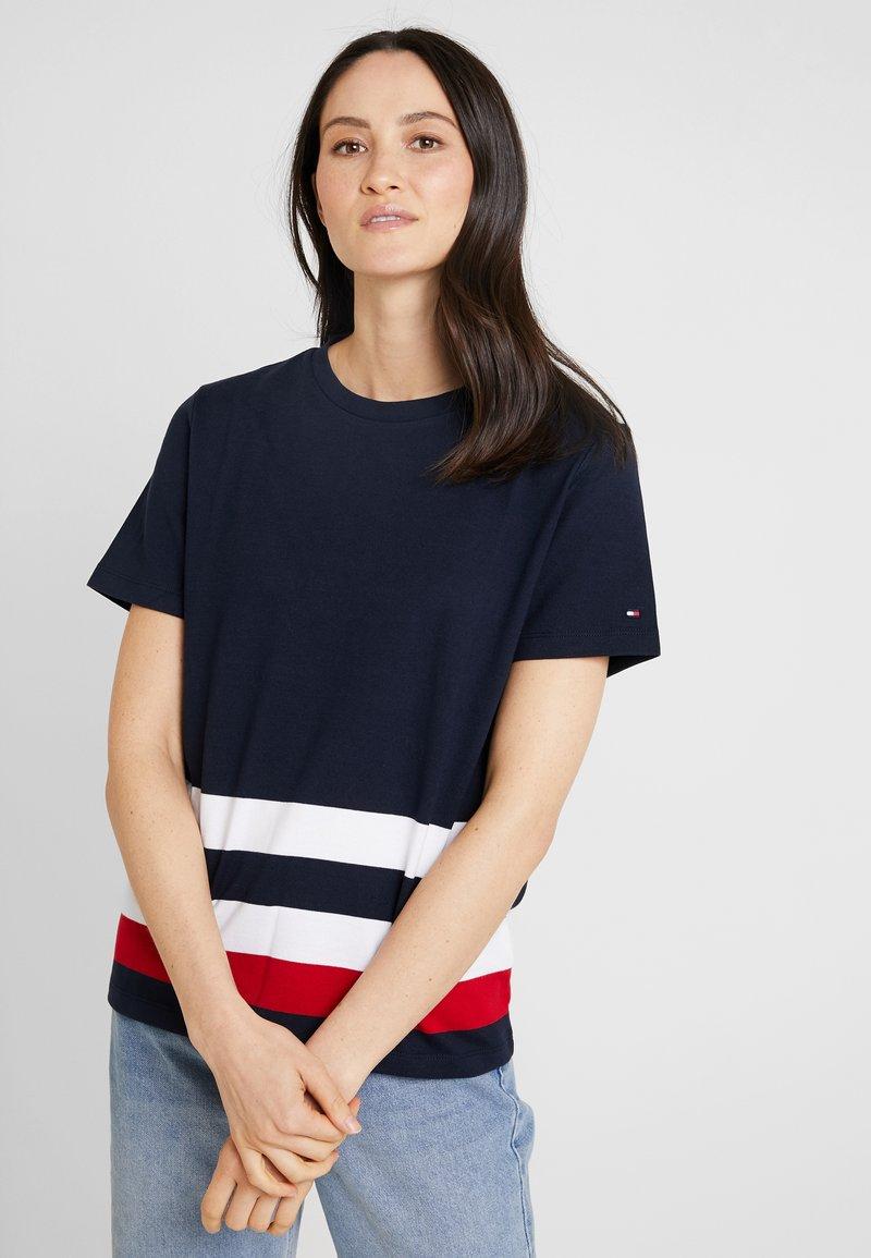 Tommy Hilfiger - BETTIE - T-Shirt print - blue