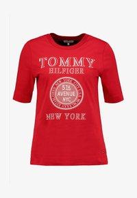 Tommy Hilfiger - DARCY TEE - Triko spotiskem - red - 3
