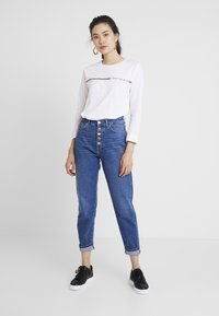 Tommy Hilfiger - KATIE TEE - Long sleeved top - white - 1