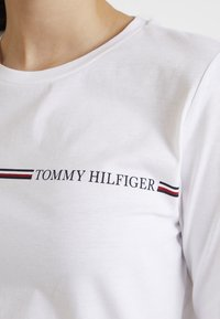 Tommy Hilfiger - KATIE TEE - Long sleeved top - white - 3