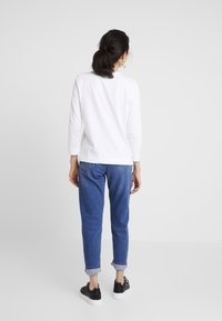 Tommy Hilfiger - KATIE TEE - Long sleeved top - white - 2