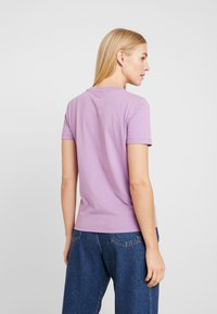 Tommy Hilfiger - NEW TEE  - Print T-shirt - dusty lilac - 2