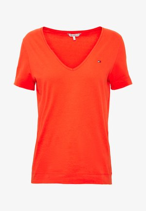 CLASSIC  - T-shirt basic - bright vermillion