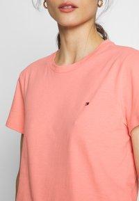 Tommy Hilfiger - CLASSIC - Basic T-shirt - pink grapefruit - 4