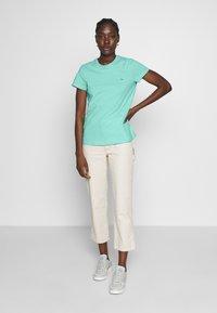 Tommy Hilfiger - CLASSIC - Basic T-shirt - light green - 1