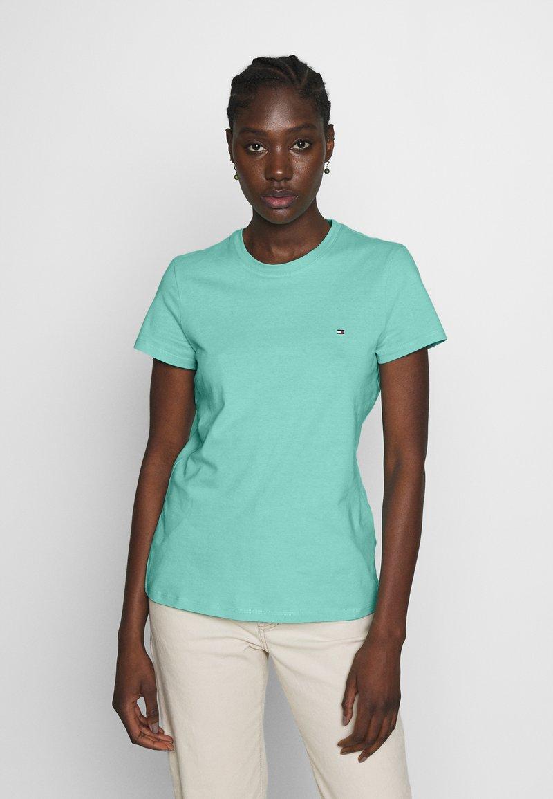 Tommy Hilfiger - CLASSIC - Basic T-shirt - light green