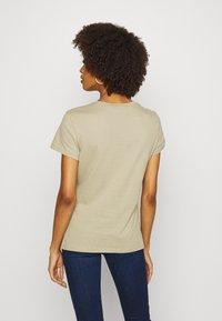 Tommy Hilfiger - CLASSIC - Basic T-shirt - surplus khaki - 2