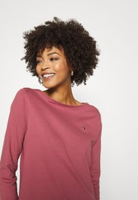 Tommy Hilfiger - Long sleeved top - misty red - 4