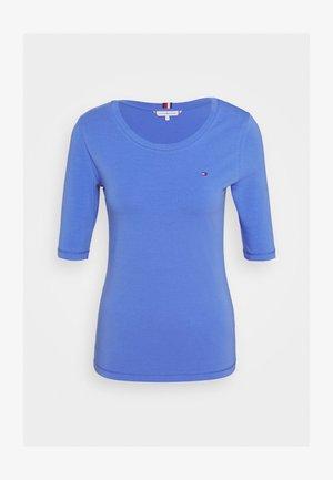 ESSENTIAL SOLID - T-shirt basic - iris blue