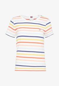 Tommy Hilfiger - ESSENTIAL ROUND - T-shirt imprimé - breton multi/white - 4