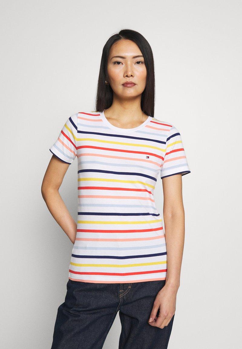 Tommy Hilfiger - ESSENTIAL ROUND - T-shirt imprimé - breton multi/white