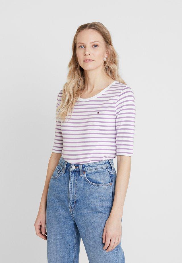 ESSENTIAL - T-shirts print - dusty lilac
