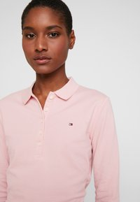 Tommy Hilfiger - LONG SLEEVE SLIM - Polo shirt - frosted pink - 4