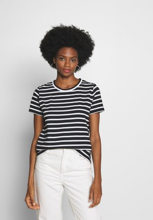 COOL RELAXED TEE - Triko s potiskem - white/black