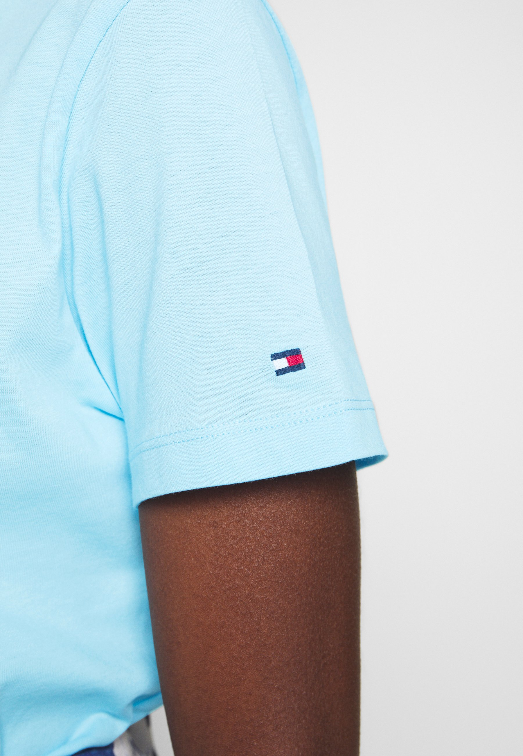 Tommy Hilfiger REGULAR - Print T-shirt - sail blue