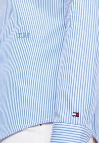 Tommy Hilfiger - ESSENTIAL  - Camisa - blue - 7