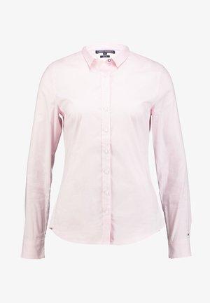 HERITAGE SLIM FIT - Košile - pink