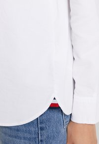 Tommy Hilfiger - CLEO  - Button-down blouse - white - 5