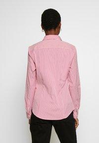 Tommy Hilfiger - ESSENTIAL - Skjorta - light pink/white - 2