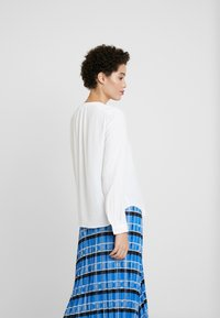 Tommy Hilfiger - LUCIA BLOUSE - Bluser - classic white - 2