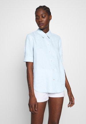 ESSENTIAL PENELOPE  - Button-down blouse - breezy blue