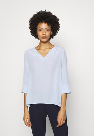 LOTTIE BLOUSE - Blouse - breezy blue