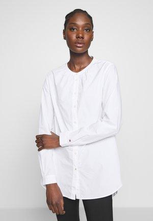TH ESSENTIAL LEASHIRT LS W4 - Blouse - white